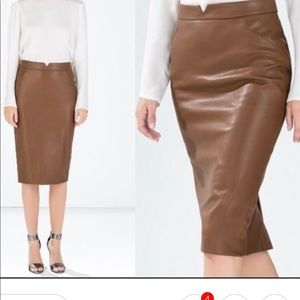 Zara Faux Leather Skirt in Excellent Condition